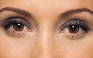 536ae-hazel-eyes-makeup-image-4-300x187
