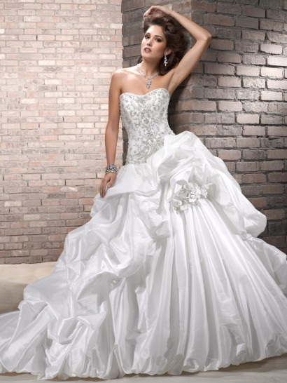 ball-gown-wedding-dresses-13