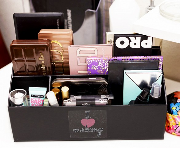 Unconventional ways of organizing your makeup… Get yourself ...