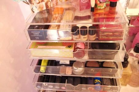 makeup organizer 7