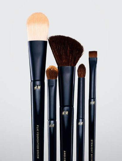 hm makeup brushes.jpg