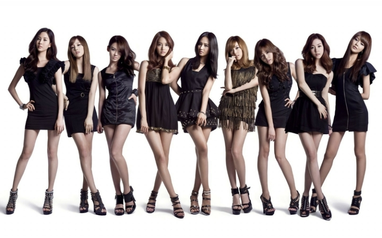 women girls generation snsd celebrity high heels black dress bracelets 1440x900 wallpaper_www.wall321.com_95