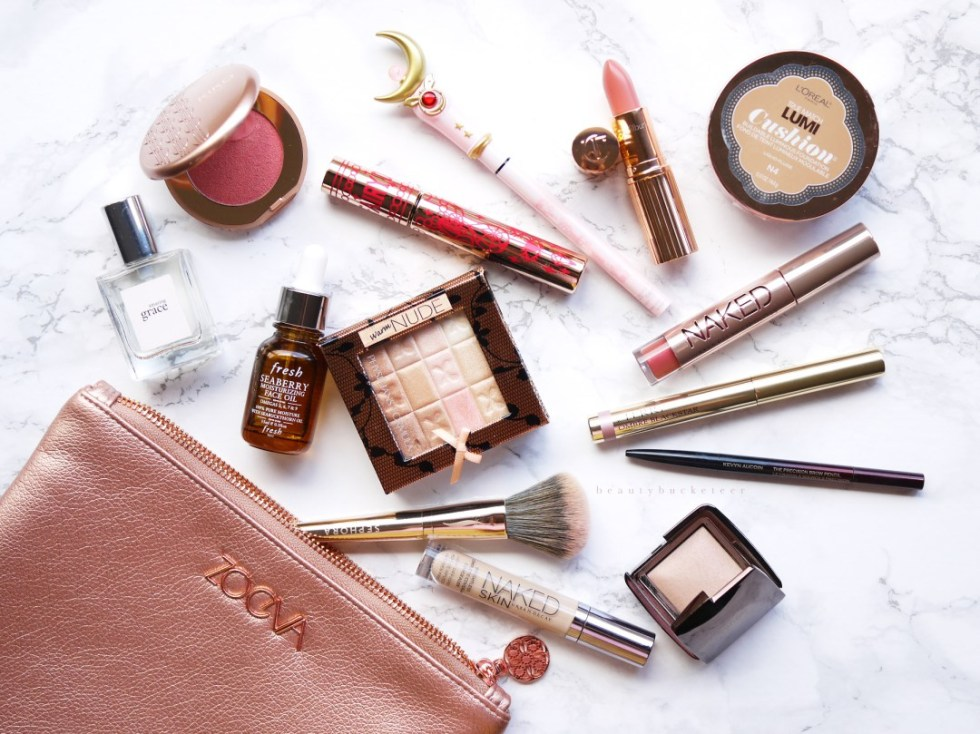 Whats-In-My-Makeup-Bag-1-Saturation