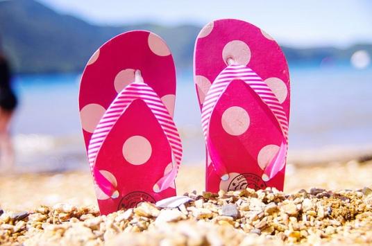 sandals flip flops