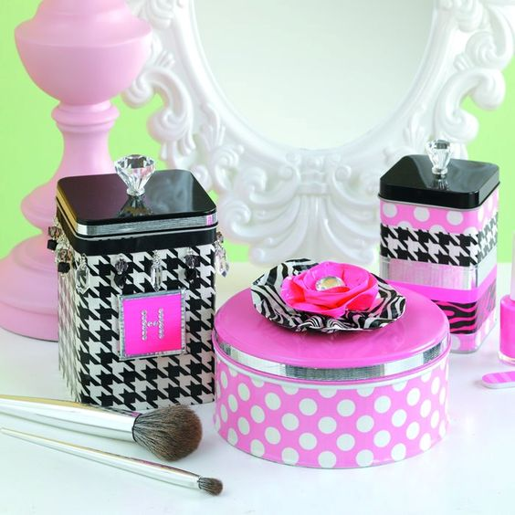 cookie tin makeup box