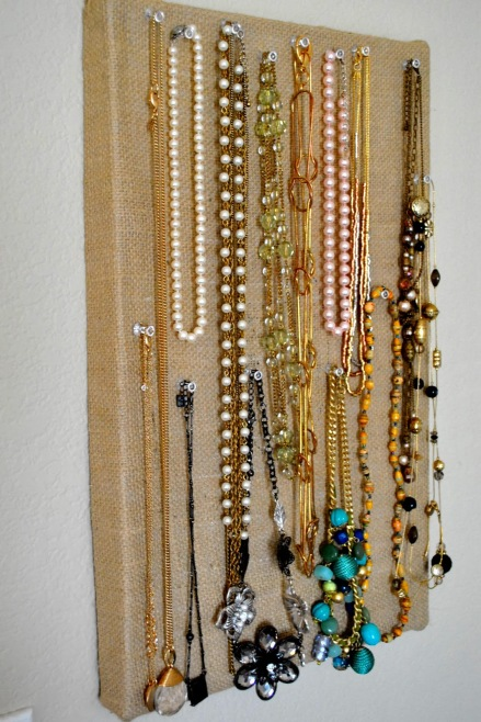 Use-a-Shoebox-to-Organize-Your-Necklaces-and-Bracelets